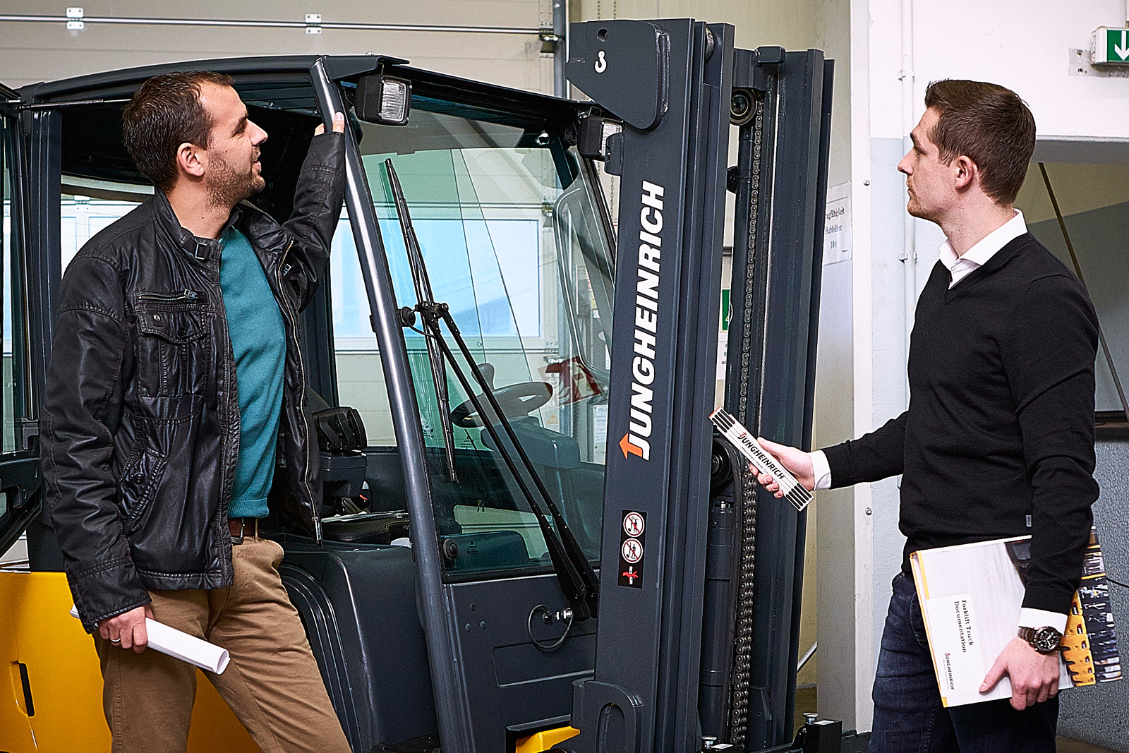buying-new-and-used-forklifts
